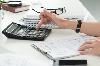 Bigstock-expensesFemale-Accountant--102949760