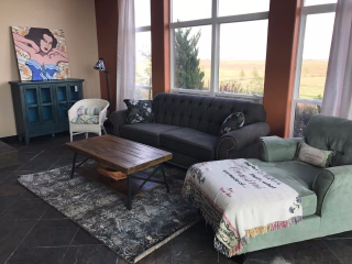 Sun Room Lounge